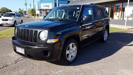 2010 Jeep Patriot  - only 84,000 kms - FREE 5 YEAR WARRANTY!!!