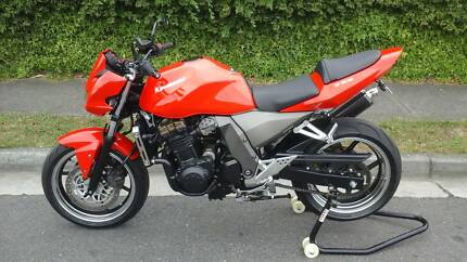 KAWASAKI Z750A VERY LOW 9960KSIMMACULATE CONDITION