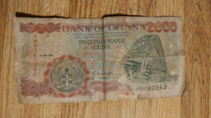 Bank of Ghana 2000 Cedis 2nd May 1998 Bank Note AM9763949 Rare Note Free Ship