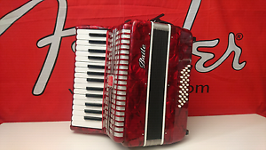 Piano accordion baile cherry red 32 bass Epping Whittlesea Area Preview