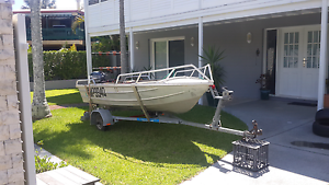 3.4 m tinnie ..... urgent sale ...OFFERS!!! Hope Island Gold Coast North Preview
