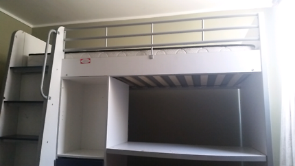 Single loft bed/bunk (child)