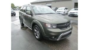 2017 Dodge Journey Crossroad AWD - Only 6k!!