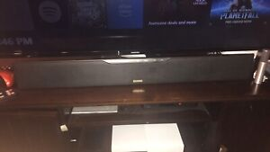 Polkaudio sound bar and subwoofer