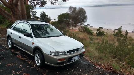 Subaru Impreza ;Sports Wagon; 2001