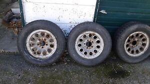 195/70-14 ArticClaw set tires and rims 6+mm tread asking $95 obo Kingston Kingston Area image 2