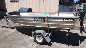 12ft alumium dinghy 4 stroke outboard Cannington Canning Area Preview