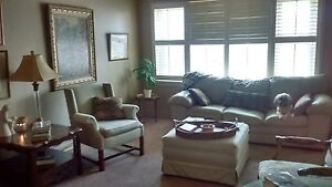 BEAUTIFUL 2 BR APARTMENT IN WINDSOR ***UTILITIES INCLUDED***