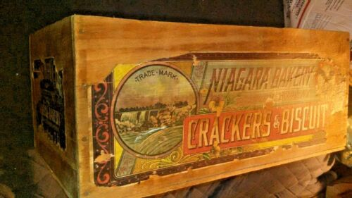 VINTAGE NIAGARA BAKERY CRACKERS & NATIONAL BISCUIT COMPANY ANTIQUE PINE WOOD BOX