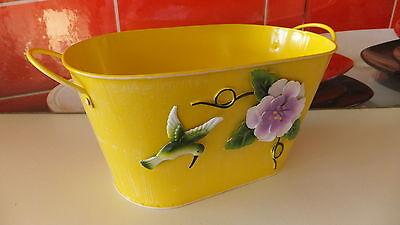 CUBO jardinera ovalado de metal, en color amarillo, flor-pájaro