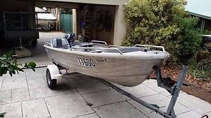 12ft Dinghy with 2010 15hp Yamaha outboard motor Rossmoyne Canning Area Preview
