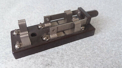 VINTAGE ELECTRICAL EQUIPMENT  BAKELITE CIRCUIT BREAKER  / SWITCH - 4 X 1 1/2