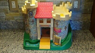 1974 vintage Fisher Price Little People #993 Play Family Castle made in USA