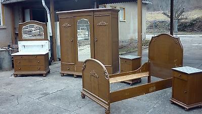 altes  antikes schlafzimmer schrank kleiderschrank waschtisch nachttisch bett