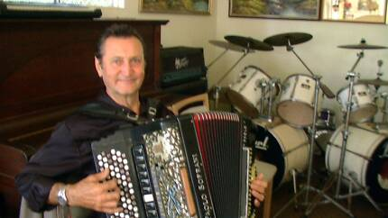 accordionist awailable for any acation