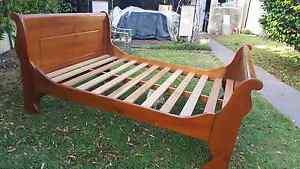 Queen size Sleigh Bed Harris Park Parramatta Area Preview