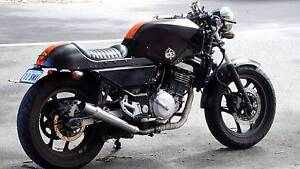 2002 KAWASAKI CAFERACER need gone asap Elwood Port Phillip Preview