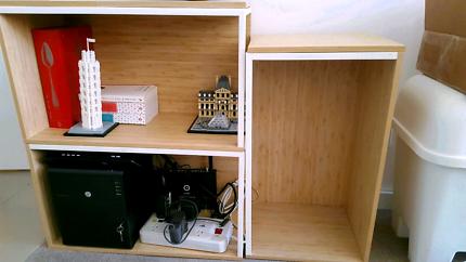 Set of 3 modular shelves