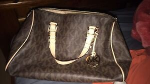 Genuine Micheal Kors handbag for sale Frenchs Forest Warringah Area Preview
