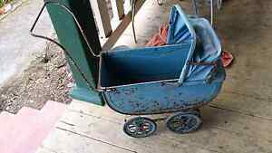 Old cyclops pram Glenorchy Glenorchy Area Preview