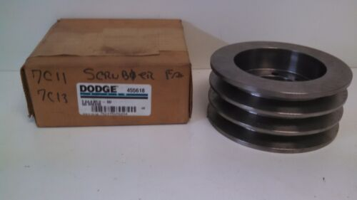 NEW OLD STOCK! DODGE Q.D. SHEAVE 455618