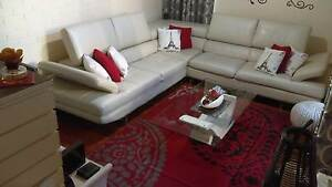 Corner sofa Windsor Hawkesbury Area Preview