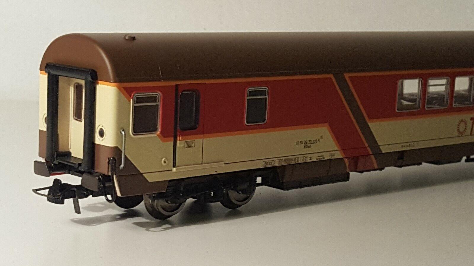 Roco 44281 H0 Personenwagen TUI Ferienexpress