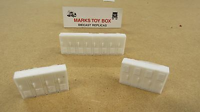 RESIN CAST LOT OF 3 EMPLOYEE STORAGE CABINET LOCKERS ERTL FARM TOY DIORAMA 1/64
