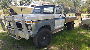 Ford F100 4WD Oakford Serpentine Area Preview