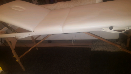 Portable Massage Table/ Bed