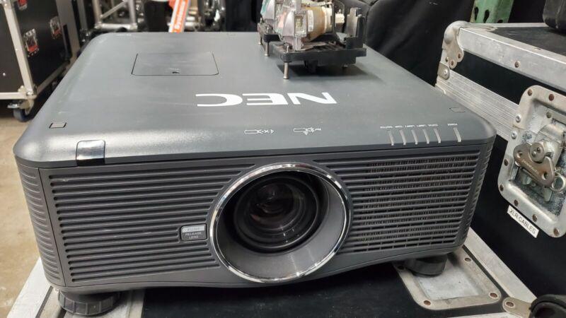 NEC NP-PX750U LCD Projector
