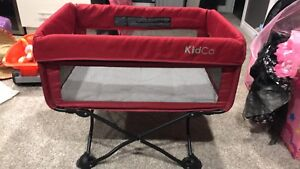 Kidco portable bassinet