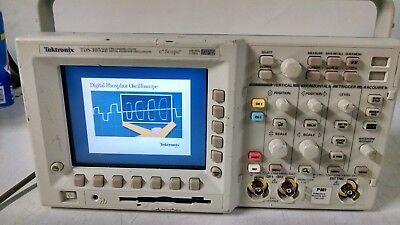 Tektronix Tds3052b 2 Ch Dpo Oscilloscope 500mhz 5gss Used
