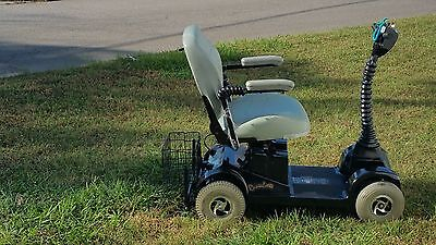 mobility scooter Rascal 305 heavy duty 4 wheel 450 pound rated new batteries