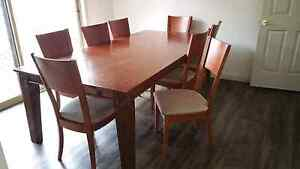 Dining table Burnie Burnie Area Preview