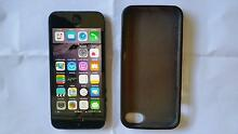 iphone 5 16G unlocked 100% working with charger, cable & cover. Vermont Whitehorse Area Preview