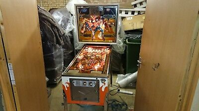 Kiss 1979 Original Pinball Machine - Perfect Playfield & Cabinet Fully Working