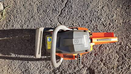 HUSQVARNA SOLID CHAIN SAW .NEW MODEL.MADE IN GERMAN GREAT WOR