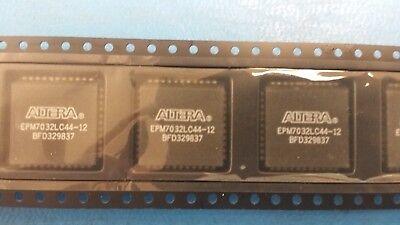 2 Pcs Epm7032lc44-12 Altera Ic Max 7000 Cpld 32 44-plcc