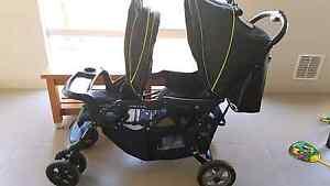 Vee bee double stroller Kwinana Beach Kwinana Area Preview