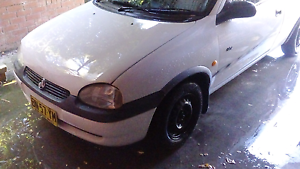 Swap holden barina for a registered wagon only Booragul Lake Macquarie Area Preview