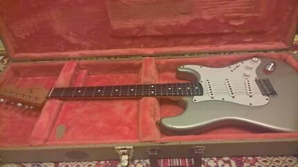 Fender Stratocaster Mexico Robert Cray 1996 Inca Silver