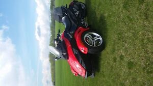 FOR SALE    CAN-AM SPYDER