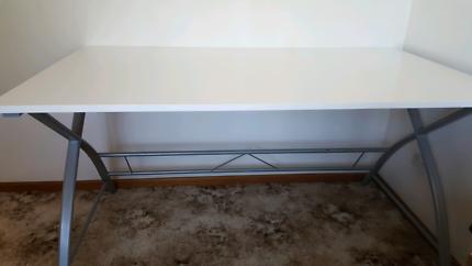 Desk $150 neg