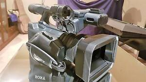 Sony HDR-AX2000 AVCHD Camcorder+full kit Ingleburn Campbelltown Area Preview