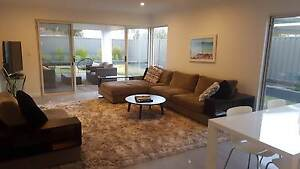1 Room in brand new house in Claremont. Available Now! Claremont Nedlands Area Preview
