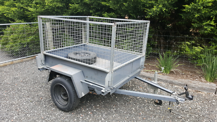 Trailer with cage. 5x4