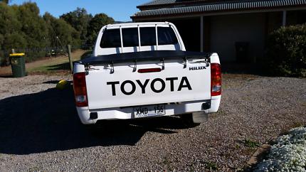 Toyota  Hilux  Twin Cab 2006