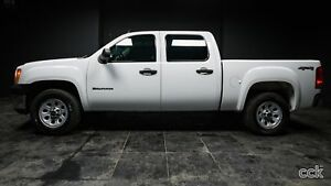 2013 GMC Sierra 1500 WT BLUETOOTH! 4 WHEEL DRIVE! 6 PASSENGERS!