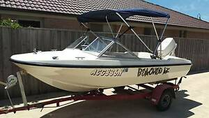 Classic 1976 Contender 130 Powered by Johnson 60HP Harrington Greater Taree Area Preview